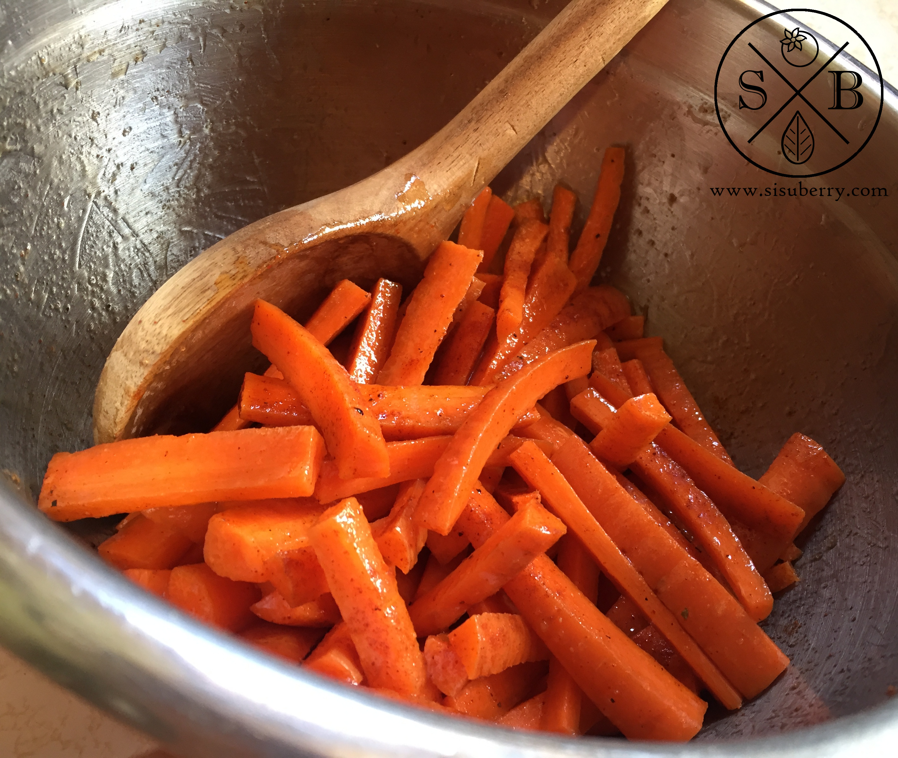Toss carrots with oil and seasoning